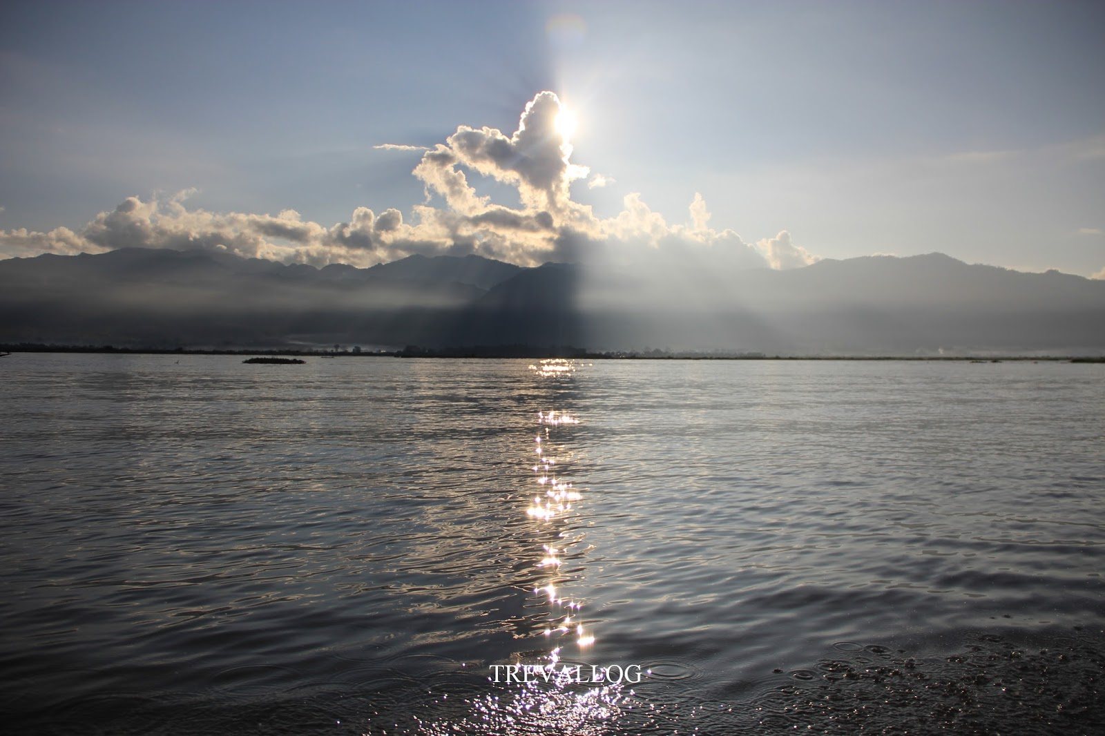 Morning sun in Inle Lake, Myanmar