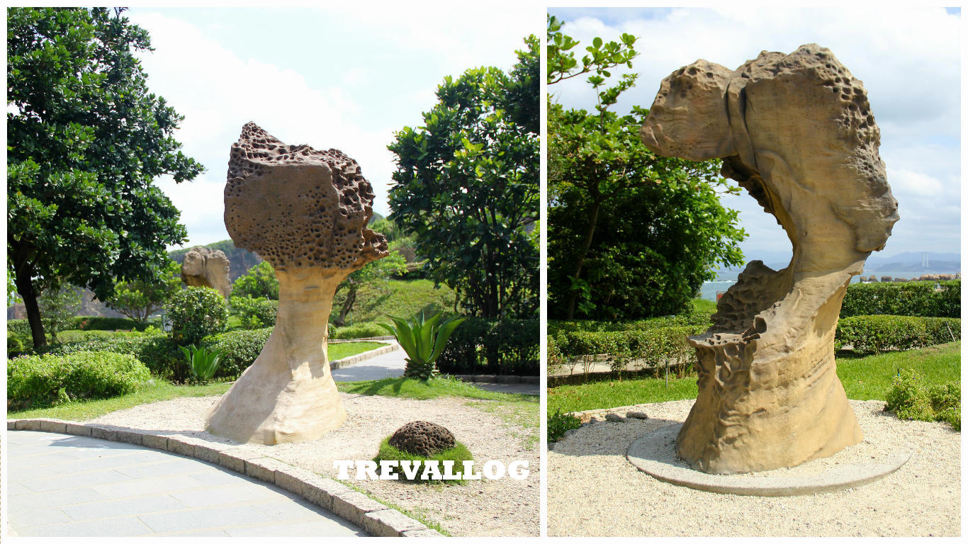 Queen's Head 2 and Princess' Head 2 at Yehliu Geopark, Taiwan