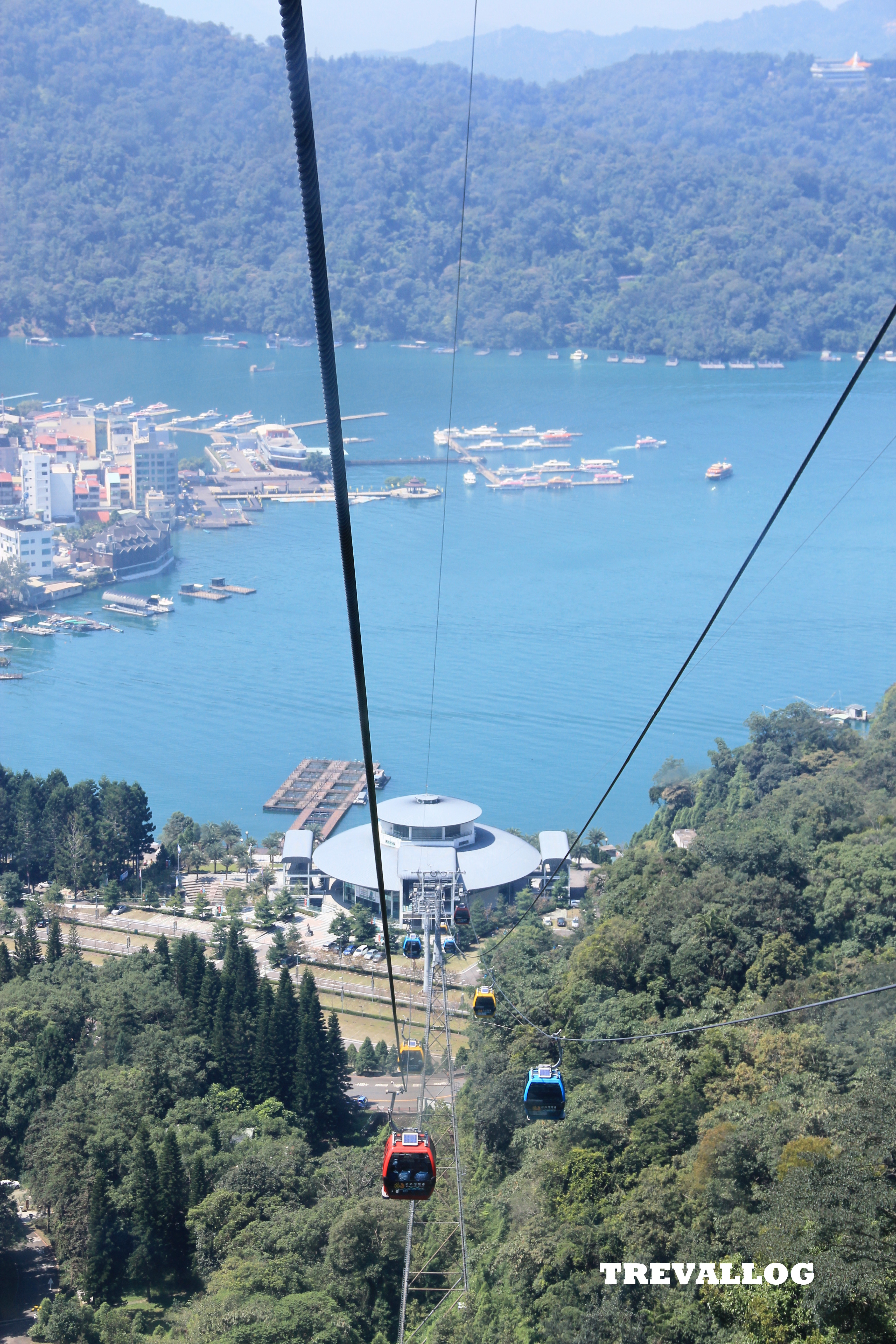 In the ropeway, leaving Ita Thao and going to Formosan Aboriginal Cultural Village, Sun Moon Lake, Taiwan