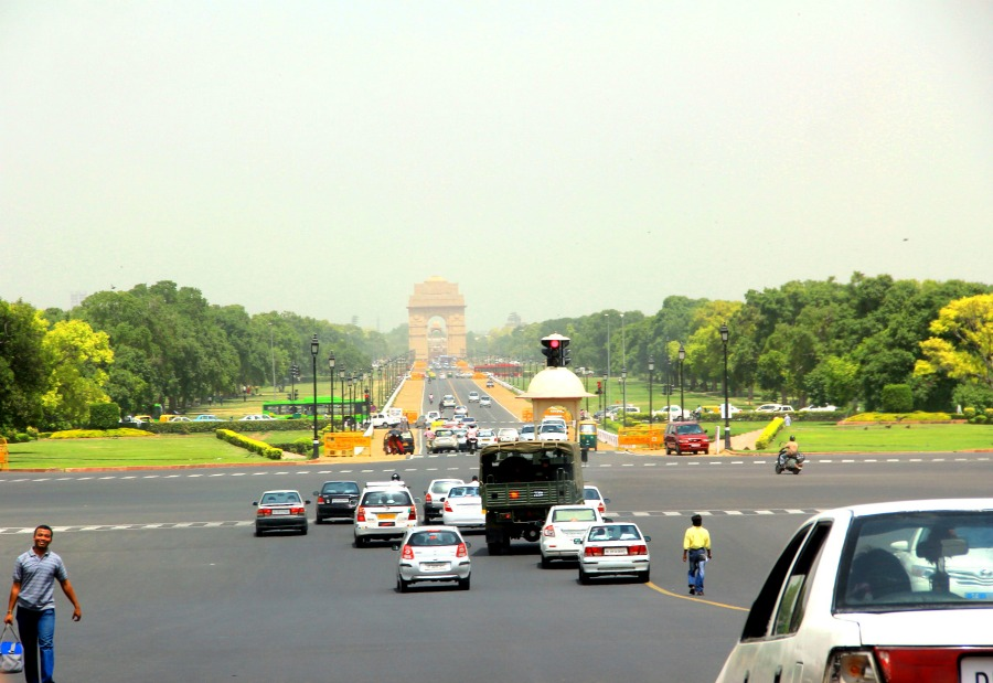 Road to India Gate, New Delhi