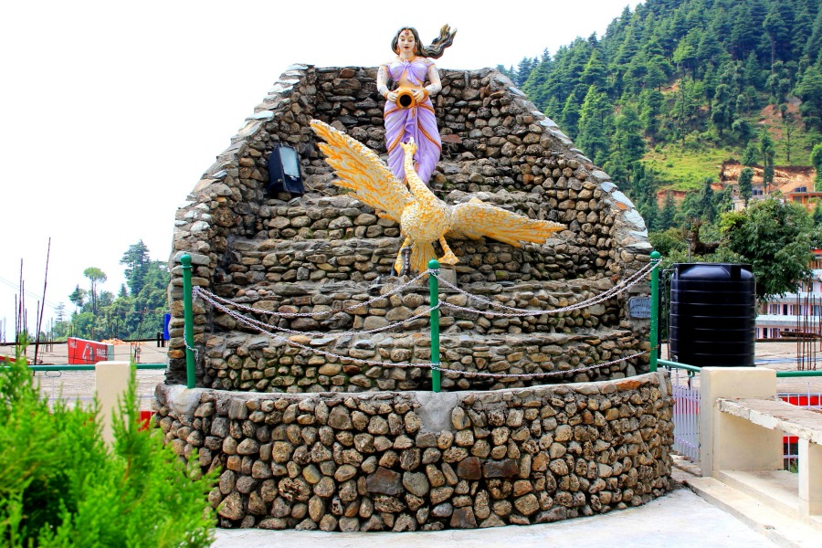 Woman statue in Dharamkot, McLeod Ganj, Dharamsala, India