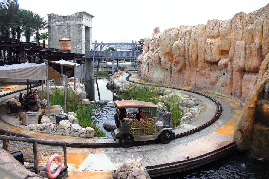 Treasure Hunter at Universal Studios Singapore