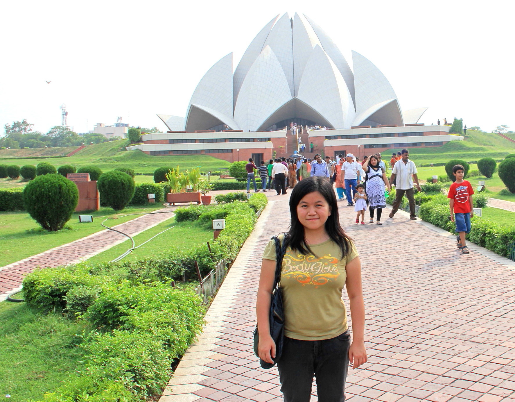 Farewell to Elena, Exploring Red Fort, Bahai Lotus Temple, Qutub Minar, Akshardham, Great India Place