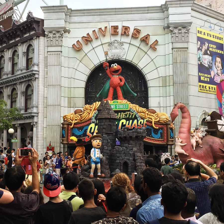 Hollywood Dream Parade, Universal Studios Singapore