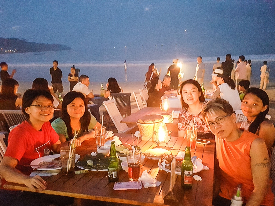Group photo, Menega Cafe, Muaya Beach, Jimbaran, Bali