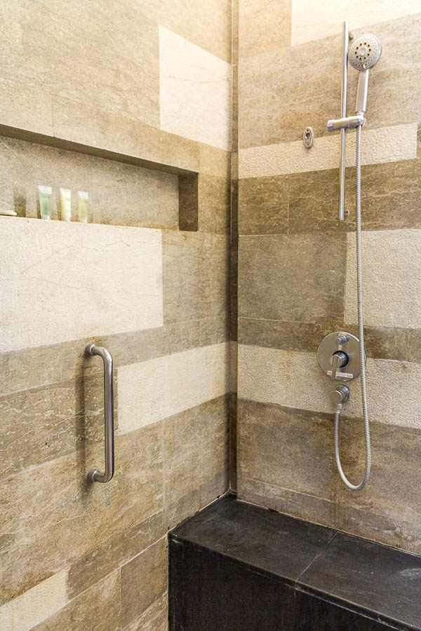 Shower room, Deluxe Twin Room at Courtyard Marriott Nusa Dua Bali