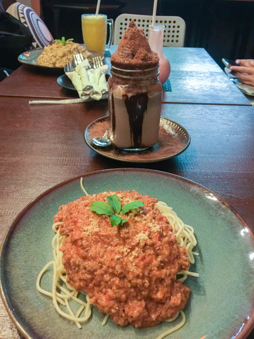 alchemist bistro cafe in hulhumale, bolognese spaghetti and milo dinosaur
