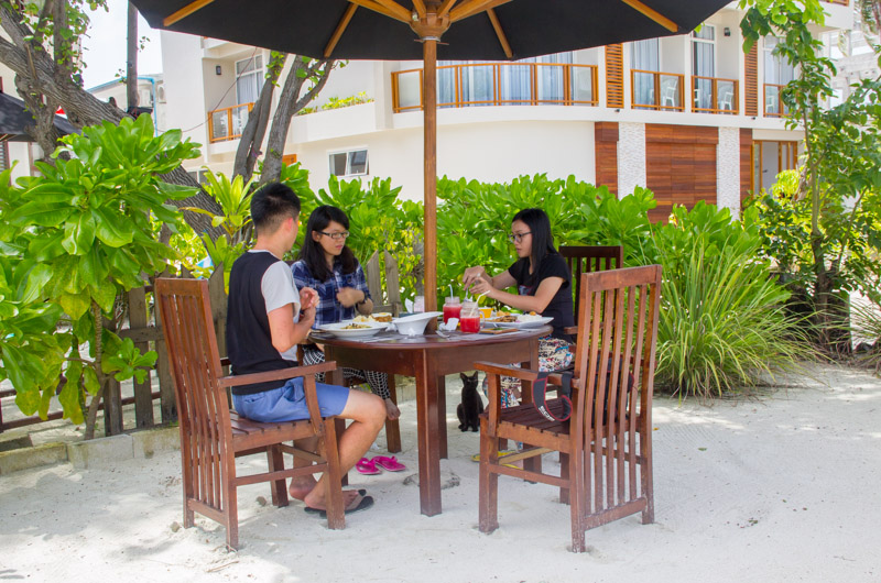 Kaalama Restaurant Food, Velana Beach Maldives