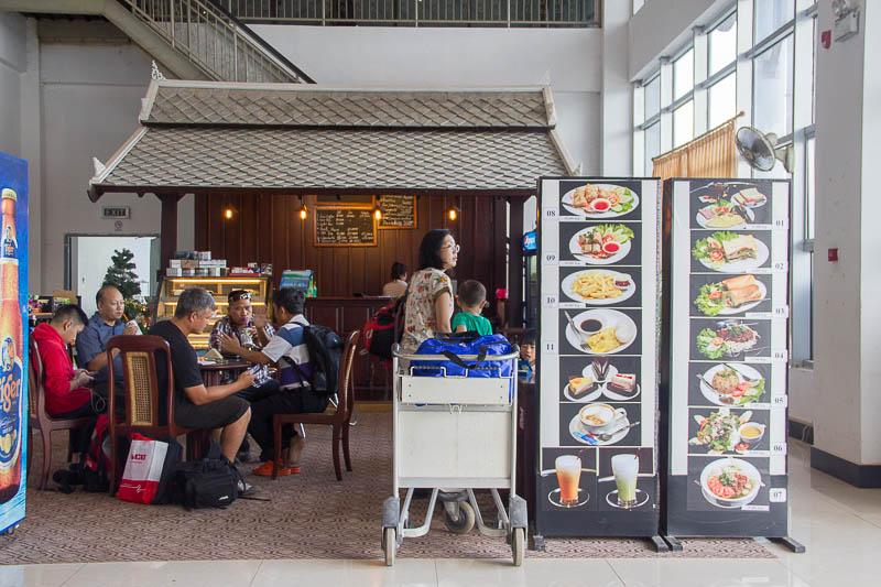 Luang Prabang International Airport - Food