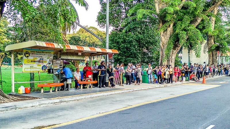 Bus cw5 from newton singapore to johor bahru