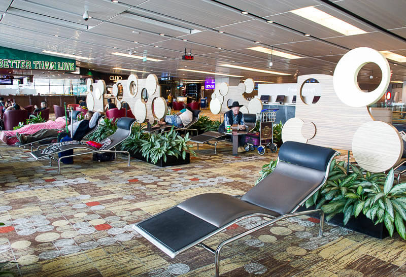 Things to Do in Changi Airport, Singapore - Terminal 1, Snooze Lounge