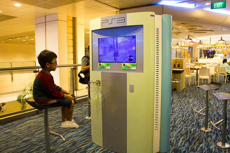 Things to Do in Changi Airport, Singapore - Terminal 2, Entertainment Deck 1