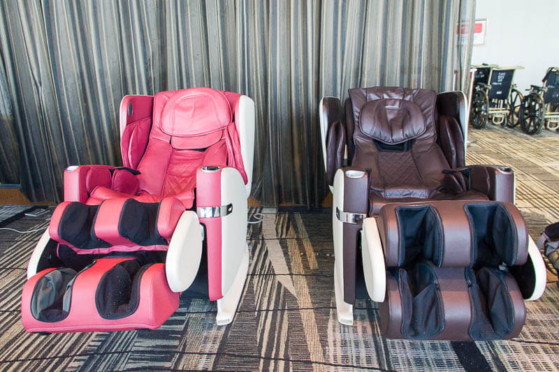 Things to Do in Changi Airport, Singapore - Terminal 3, Massage Chair