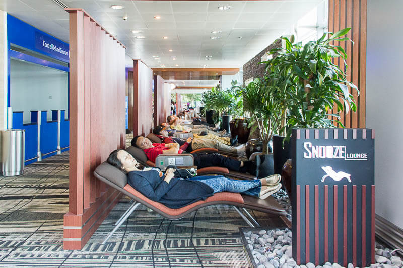 Things to Do in Changi Airport, Singapore - Terminal 3, Snooze Lounge (2)