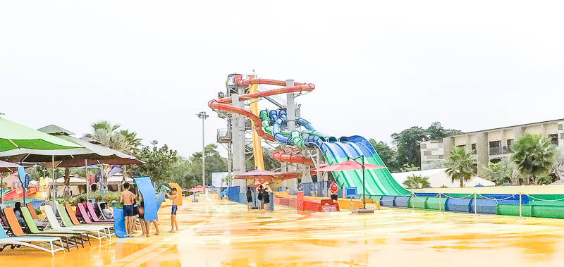 Wild Wild Wet Waterpark Singapore - Kraken Racers