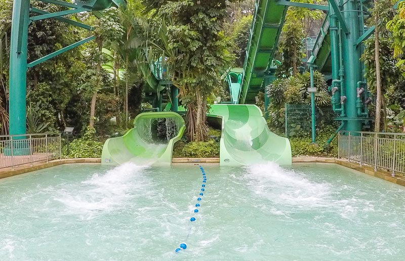 Adventure Cove Waterpark Singapore - Tidal Twister and Pipeline Plunge