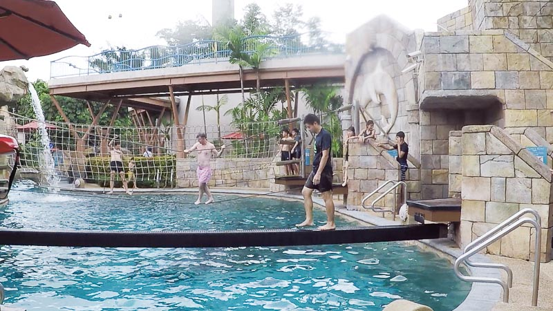 Adventure Cove Waterpark Singapore - Splashworks balancing beam