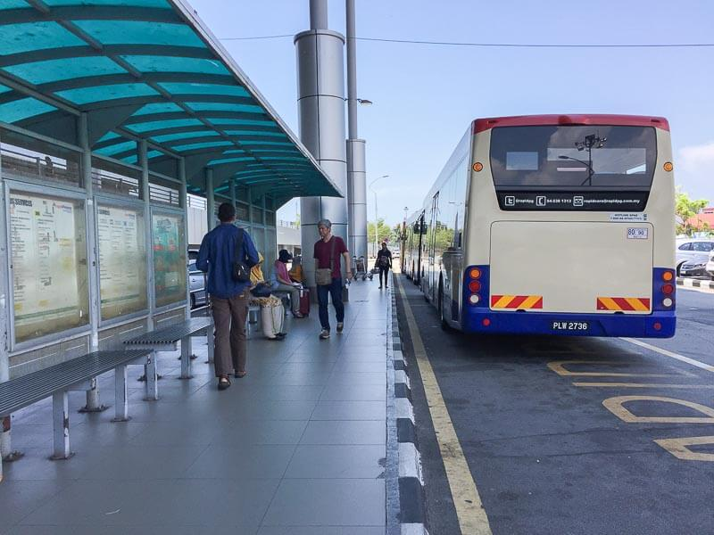 Penang International Airport: bus to town