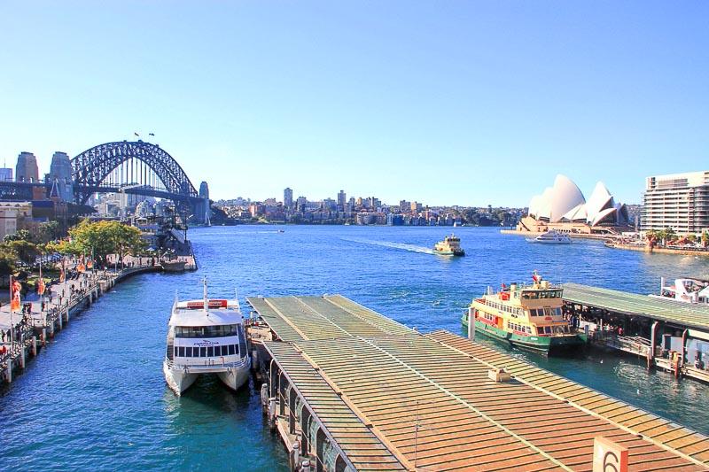 Sydney Harbour, OperaHouse, Harbour Bridge