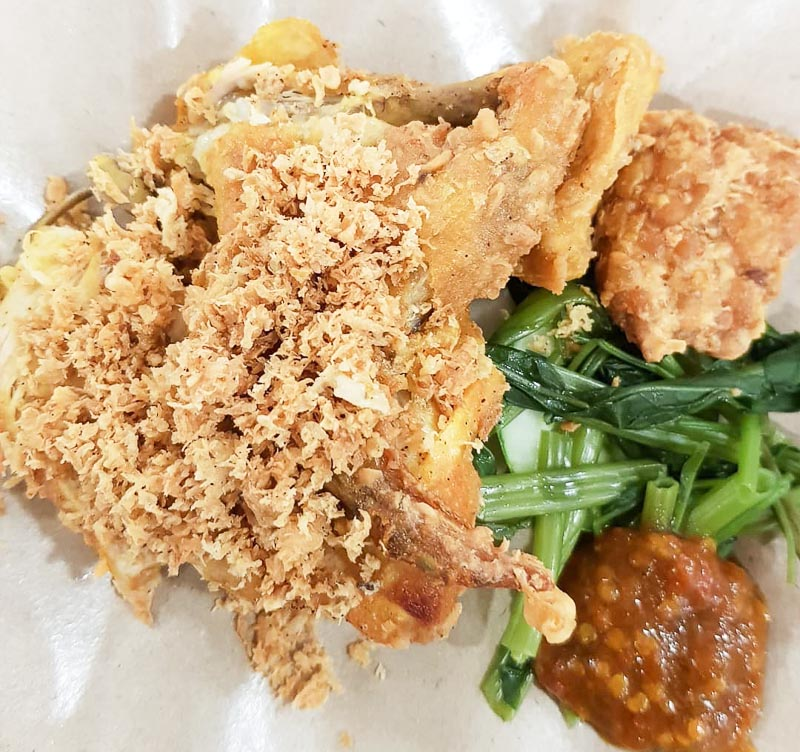 Trevallog favourite food in Singapore - ayam penyet ria