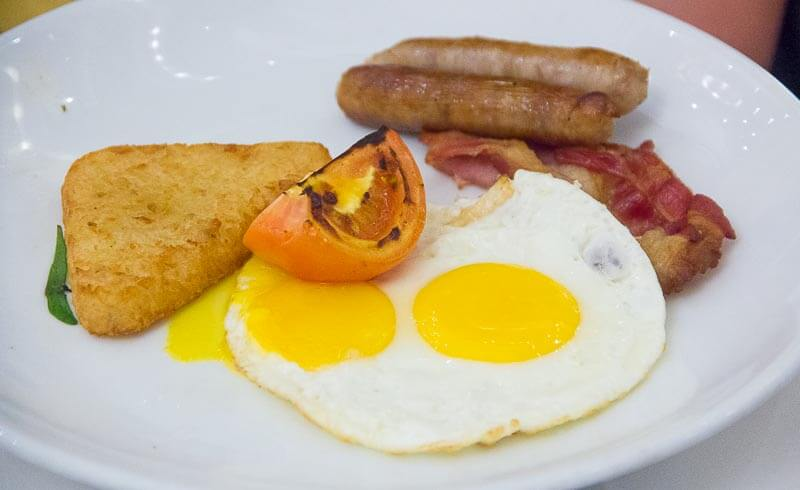 Voyager of the Seas - Singapore Penang 4 days 3 nights - breakfast dining hall