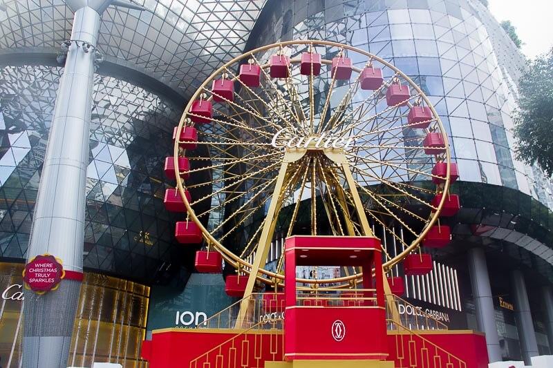Christmas decoration and lights up in Singapore 2018 - Disney Magical Moments Orchard Road