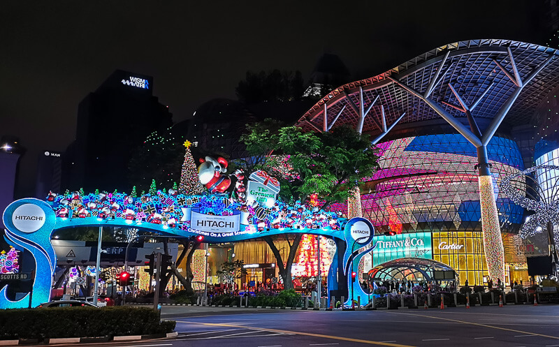 Christmas in Singapore - Orchard Road at night