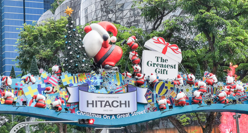 Christmas in Singapore - Orchard Road Christmas decoration