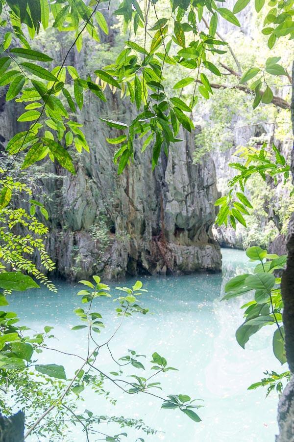 James Bond Island and Phang Nga Bay Tour from Phuket - phanak cave