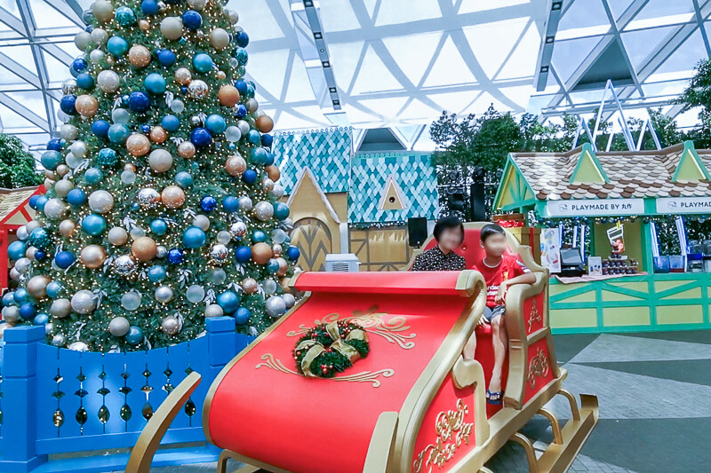 Christmas in Singapore - Jewel Changi Airport Festive Market