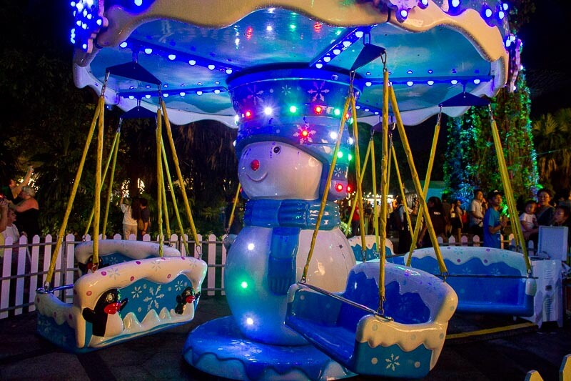 Christmas decoration and lights up in Singapore 2018 - Christmas Wonderland Gardens by the Bay