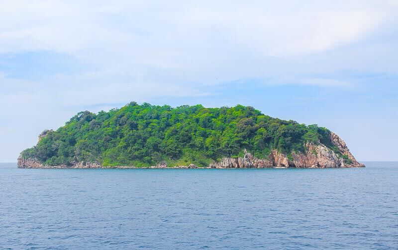 Visiting Phi Phi Island from Phuke Without a Tour - view along the way