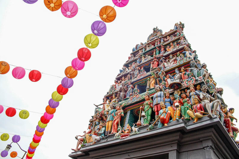 Awesome Places in Singapore You Can Visit for Free - Sri Mariamman Temple at Chinatown