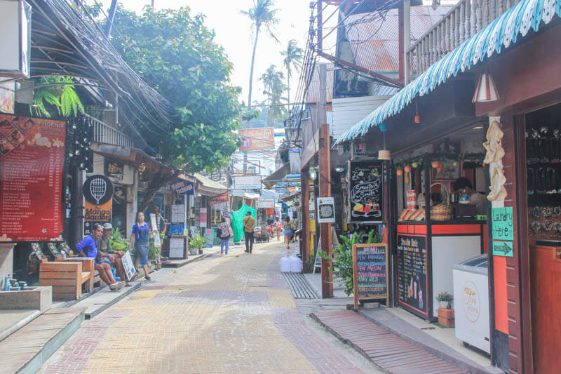 How Phi Phi Don looks like - 24 Hours Itinerary in Phi Phi Islands