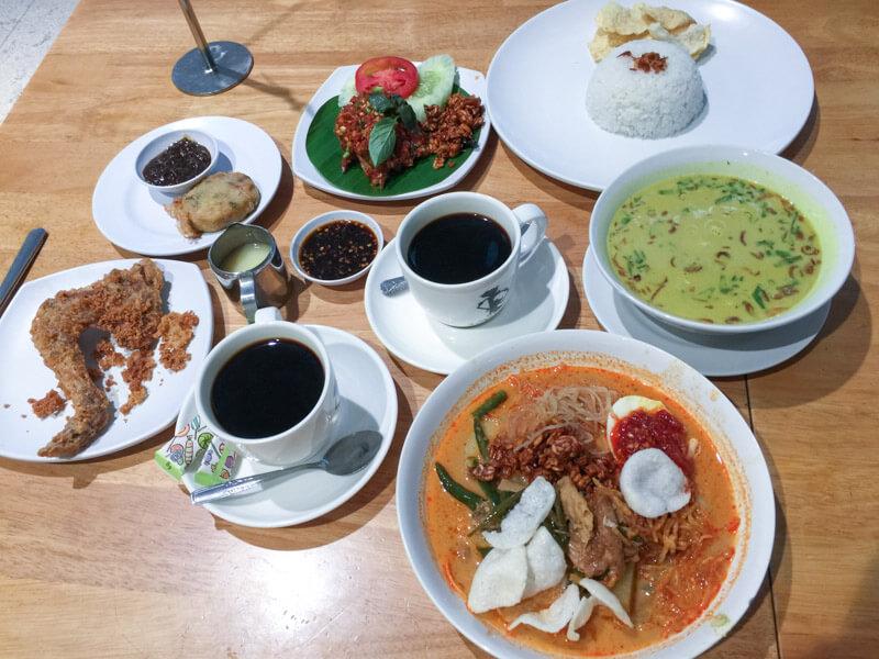 Kualanamu Medan Airport Food - Kalasan