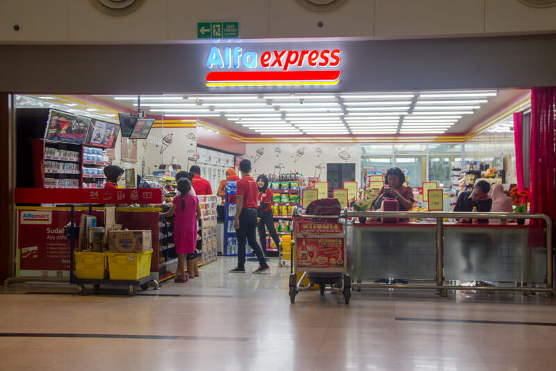 Kualanamu Medan Airport Facilities - Mini Market Alfa Express