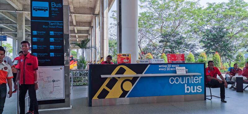 Public bus Kualanamu Airport to Medan