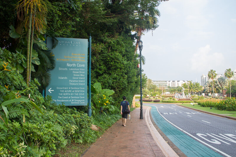 Walking to Sentosa Cove