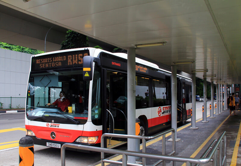 Going to Sentosa by bus - RWS8 Bus