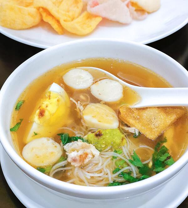 Adimulia Hotel Medan Review - Food (15)