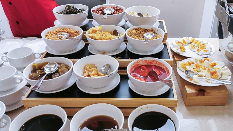 Adimulia Hotel Medan Review - Food