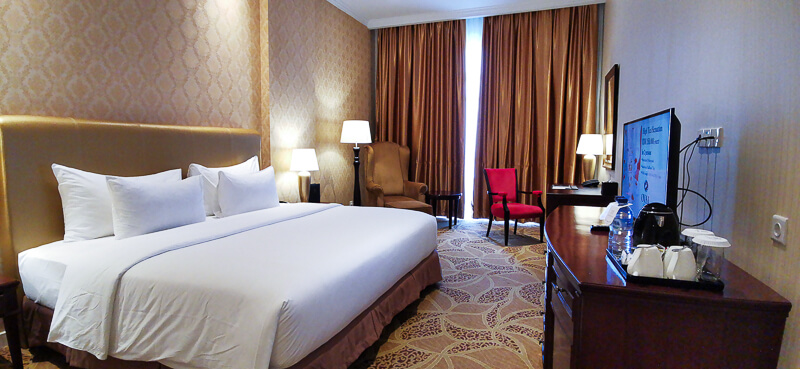 Adimulia Hotel Medan Review - Room