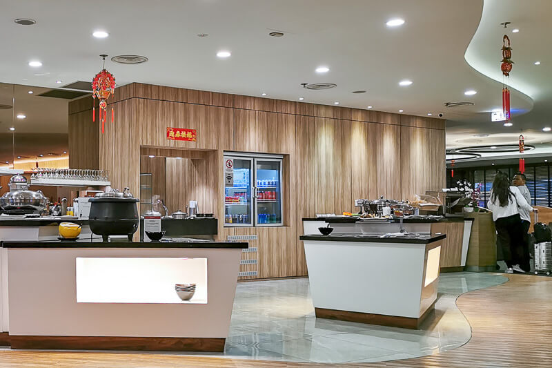 SATS Premier Lounge at Terminal 1 Changi Airport Singapore - Food (1)