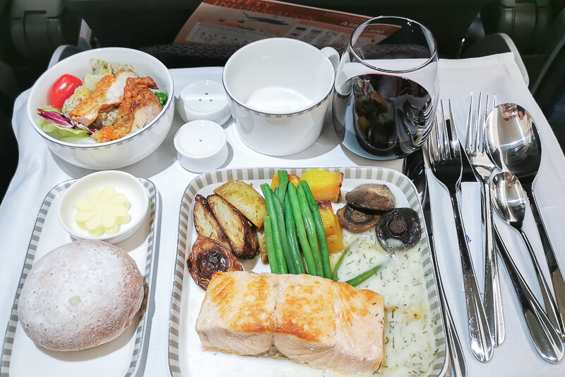 Economy class meal - Pan Fried Salmon with Dill Cream Sauce at Singapore Airline Restaurant A380 Changi