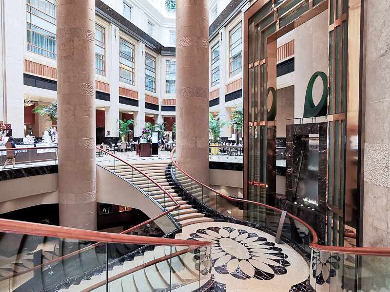 Fullerton Hotel Singapore Staycation Review - Grand Staircase