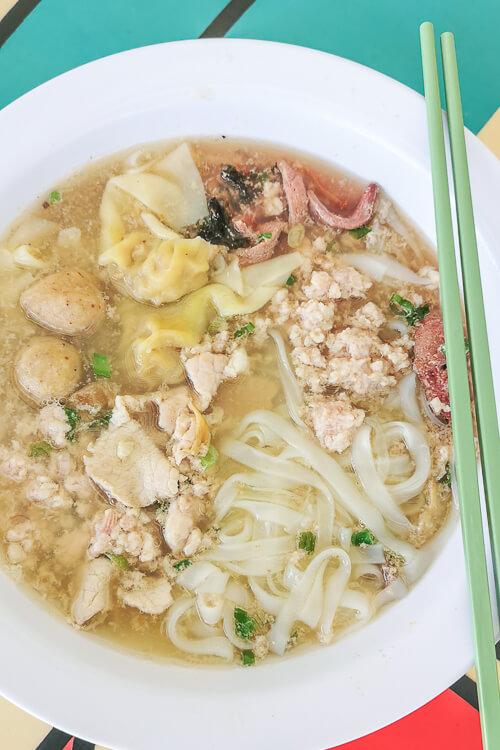 Hill Street Tai Hwa Pork Noodle - Guo Tiao Tang - Kway Teow Soup
