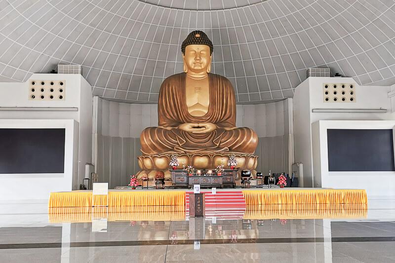 Kong Meng San Phor Kark See Singapore - Hall of No Form
