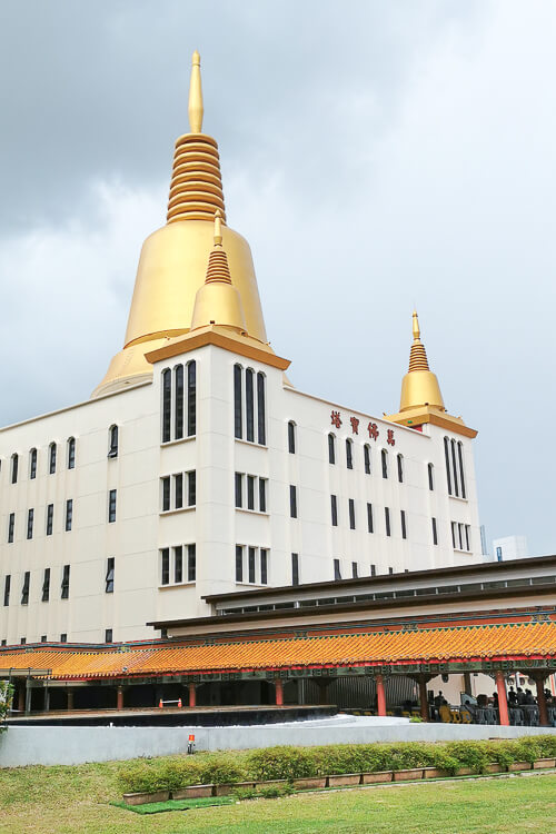 Kong Meng San Phor Kark See Singapore - Pagoda of 10000 Buddhas